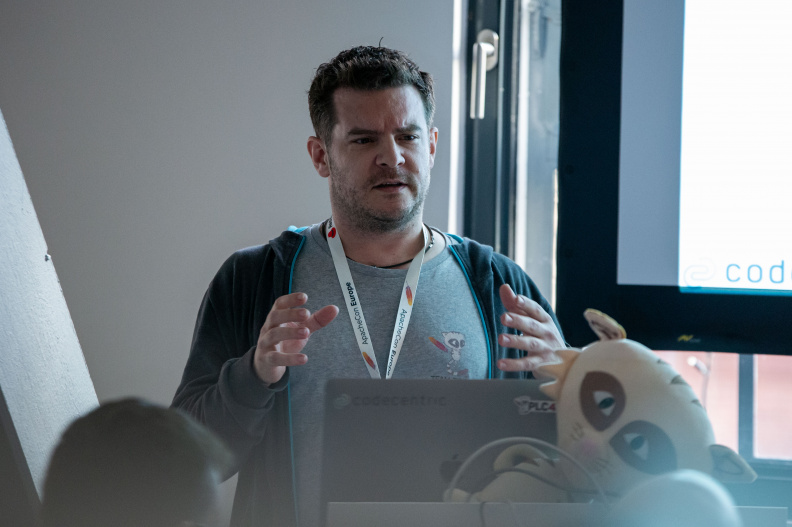apachecon-europe-2019--day-1_48946840486_o.jpg