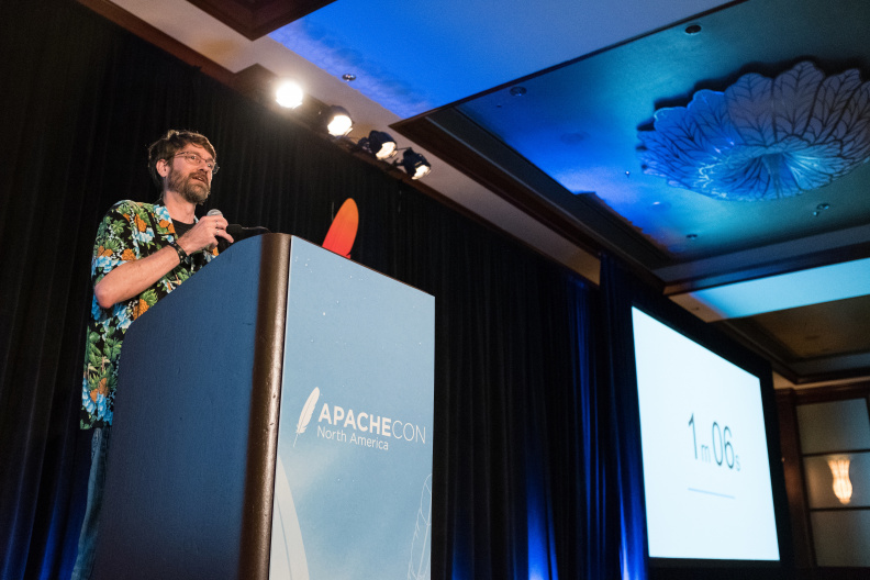 20170517_the-linux-foundation_apachecon-2017_miami_florida-337_34355057410_o.jpg