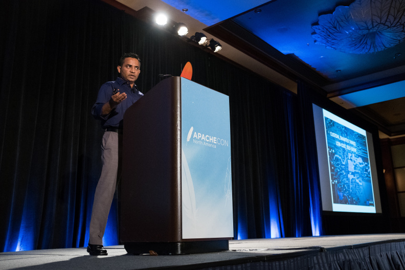 20170517_the-linux-foundation_apachecon-2017_miami_florida-190_34739213135_o.jpg