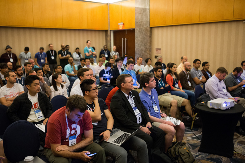 20170517_the-linux-foundation_apachecon-2017_miami_florida-066_33896969644_o.jpg