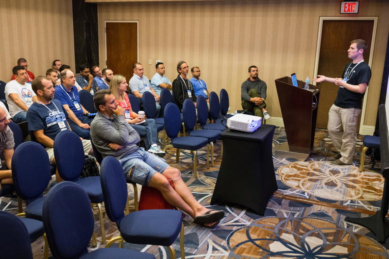 20170516_the-linux-foundation_apachecon-2017_miami_florida-339_34699510136_o.jpg