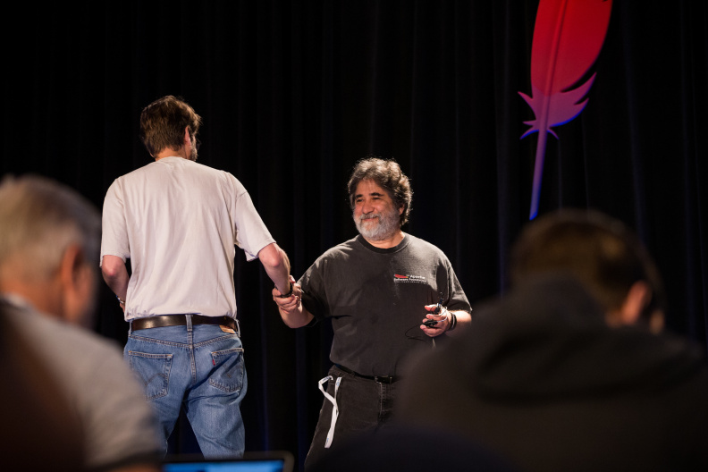 20170516_the-linux-foundation_apachecon-2017_miami_florida-031_34569696011_o.jpg