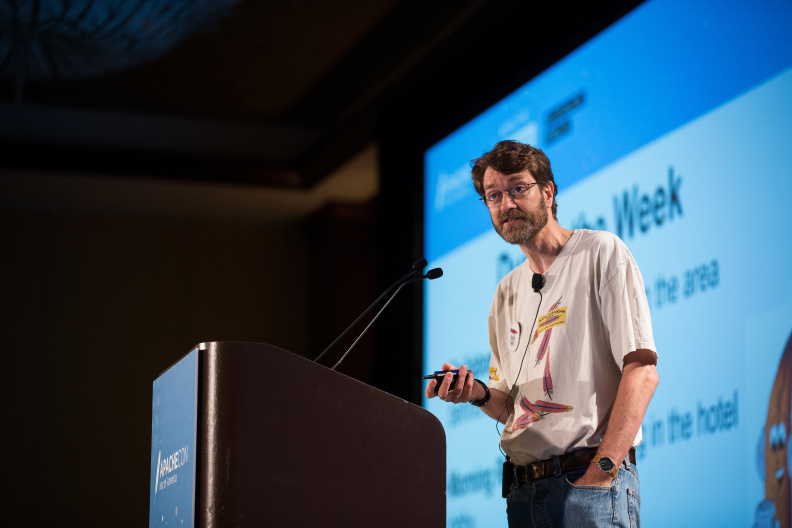 20170516_the-linux-foundation_apachecon-2017_miami_florida-012_34659931946_o.jpg