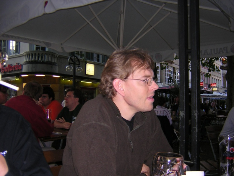 dinner-tuesday-apachecon-eu-2005-stuttgart_27281409_o.jpg